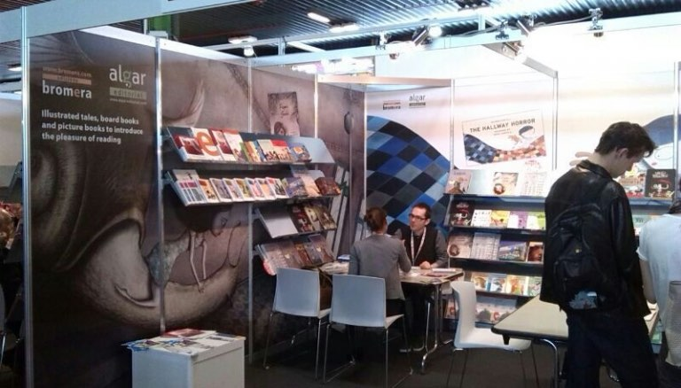 Algar apuesta por las series de cuentos y los álbumes ilustrados en la Feria del Libro Infantil de Boloña
